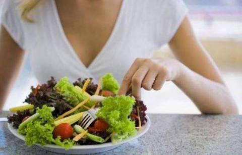 Недостаток витаминов группы В: так ли страшен для человека?