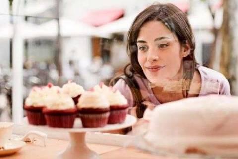Как избавиться от тяги к сладкому: все о зависимости и ее устранении