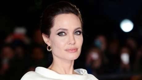 Анджелина Джоли: биография и личная жизнь выдающейся личности