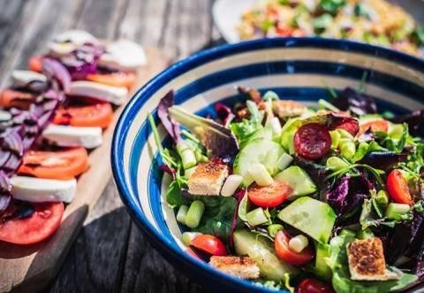 Рецепты летних салатиков на любой вкус и цвет