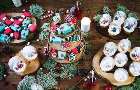 Новогодний стол для детей: что придумать и как удивить?