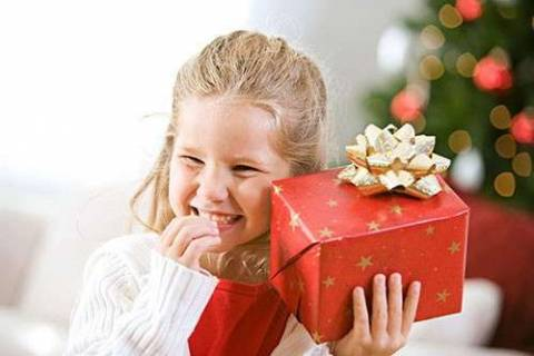 Как отметить Новый год с ребенком до 10 лет?