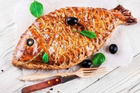 Кулебяка с рыбой: оригинальные рецепты на все случаи жизни