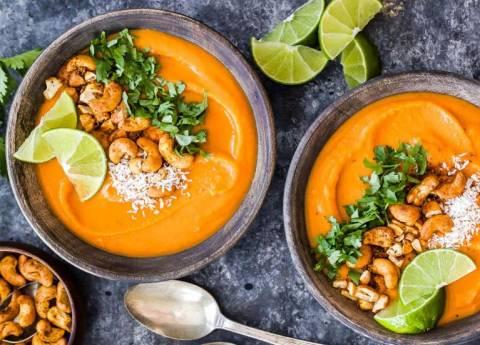 По рецепту с мира: небанальные холодные супы для лета