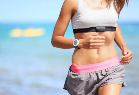 Добиваемся стройной фигуры: упражнения для похудения за месяц