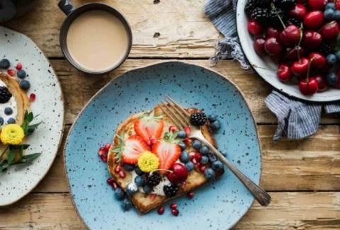 Легкий завтрак из простых ингредиентов: рецепты