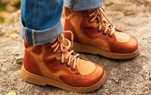 Нужна ли детям ортопедическая обувь?