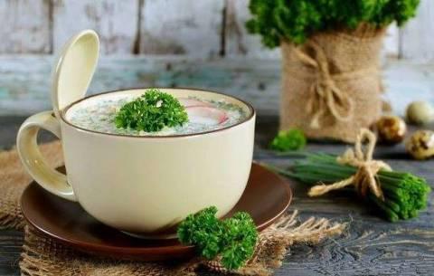 Чем заменить колбасу в окрошке:  здоровые рецепты любимого блюда