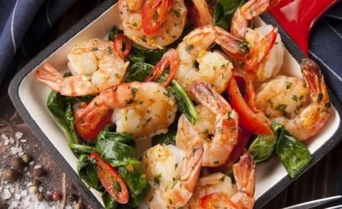 Восхитительные рецепты блюд с креветками на 23 февраля