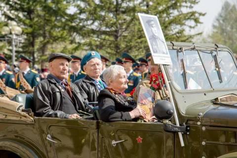 Бессмертный полк: история создания и роль Сергея Лапенкова в ней