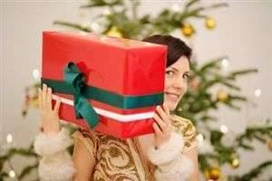 Как получить желанный подарок от любимого мужчины?