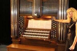 Как играть на органе: лучшая музыка для услады слуха