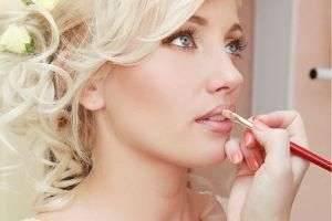 Как сделать свадебный макияж своими руками?