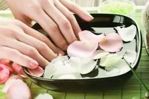 Почему слоятся ногти на руках и о каких проблемах со здоровьем это может свидетельствовать