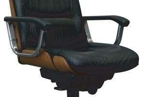 Как выбрать стул для школьника: регулируемый, стандартный, на колесиках или без?