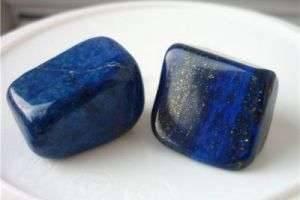 В нем слились синева неба и воды — уникальные свойства лазурита