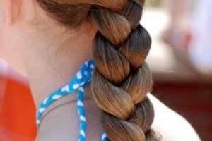 Заплести красивую и модную косу самой себе? Легко!