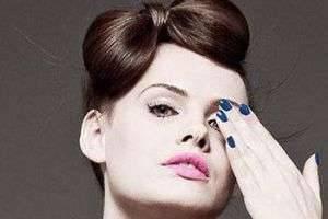 Как сделать бант из волос на голове: простая инструкция