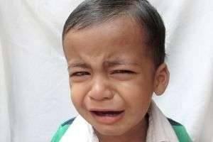 Когда у ребенка болит живот, что делать маме?