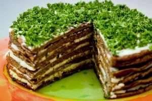 Как приготовить печеночный торт – оригинальное праздничное блюдо и сытный ужин для всей семьи в одном флаконе