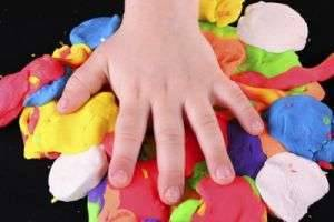 Умелые ручки: как сделать пластилин в домашних условиях