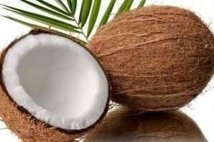 Как разбить кокос — молотком или с помощью другого предмета?
