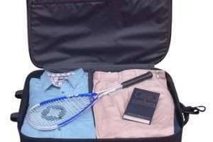Как выбрать чемодан на колесиках: подробная инструкция