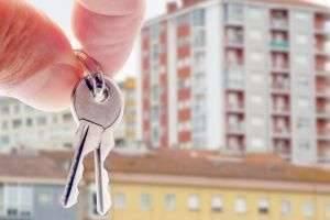 Как правильно написать и оформить дарственную на квартиру или на дом
