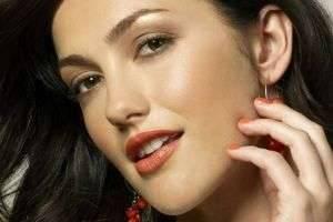 Дневной макияж для карих глаз – естественность и безупречность