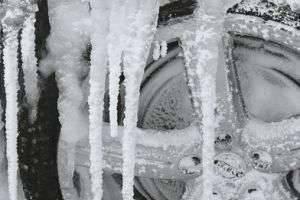 Как защитить колёсные диски от соли зимой?