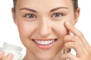 Какой тональный крем лучше для комбинированной кожи: ТОП-10 тональников