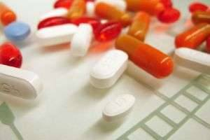 Как избавиться от глистов у человека: медикаменты и народные рецепты