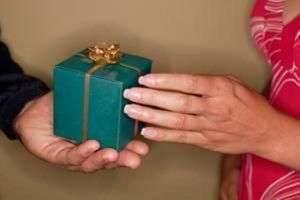 Не знаете, что подарить дедушке на День рождения?