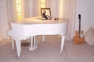 Чем отличается пианино от фортепиано: история создания музыкальных инструментов и их особенности