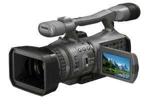 Умеешь умело обращаться с камерой? Как заработать на видеосъемке?