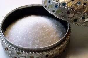 Заменители сахара: польза и вред для здоровья и талии