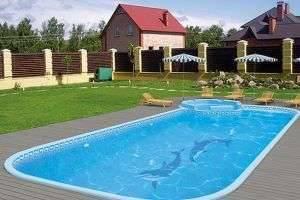 Как выбрать бассейн для загородного дома?