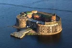 Что можно посмотреть в Кронштадте: форты, музеи, достопримечательности