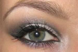 Макияж для серо-зеленых глаз: правильное сочетание оттенков