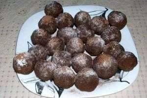 Воспоминания из детства: пирожное «Картошка» из печенья – рецепт, с которым справится каждый