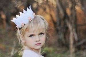 Корона для принцессы своими руками — просто и красиво
