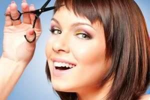 Какая челка подойдет обладательницам овального лица — ориентируйтесь на лоб и тип волос
