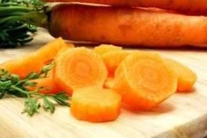 Зеленые вершки, рыжие корешки: польза и вред моркови для человека