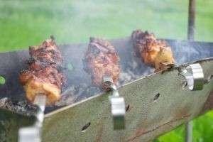 Как замачивать шашлык из свинины, чтобы получилось очень вкусно!