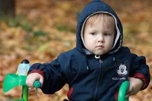 Как одевать ребёнка на прогулку?