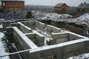 Как залить фундамент под дом? Советы специалистов