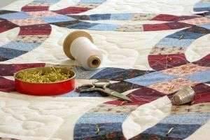 Инструменты и для пэчворка: ткани, шаблоны, наборы, линейки и другое