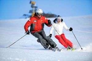 Как кататься на горных лыжах? Техники и стили катания