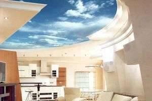Какой натяжной потолок лучше выбрать по материалу, фактуре и цвету?