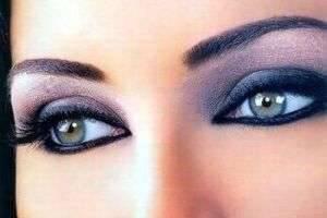 Как сделать восточный макияж?